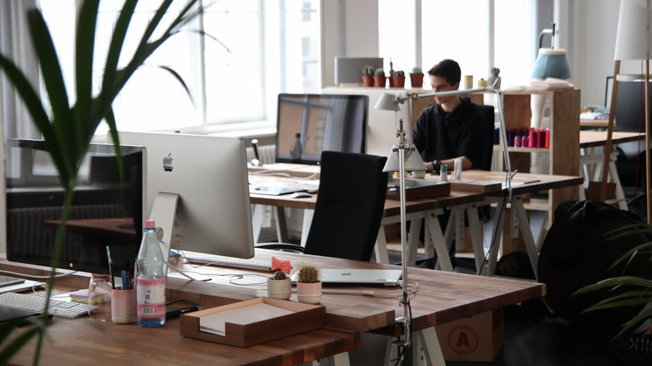 4 Tricks Small Businesses Can Do To Compete With Big Companies